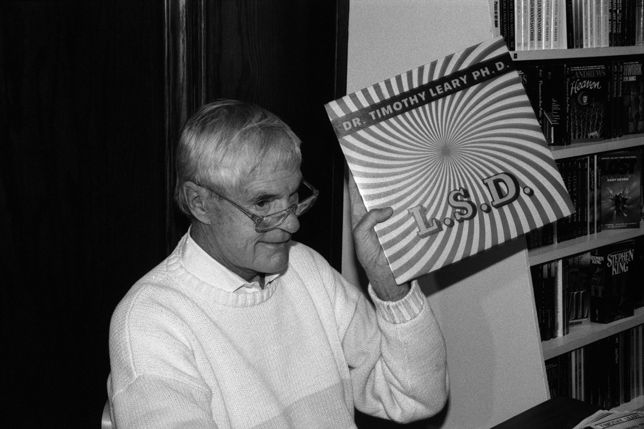 Timothy Leary at the Oread Book Shop. Lawrence Kansas