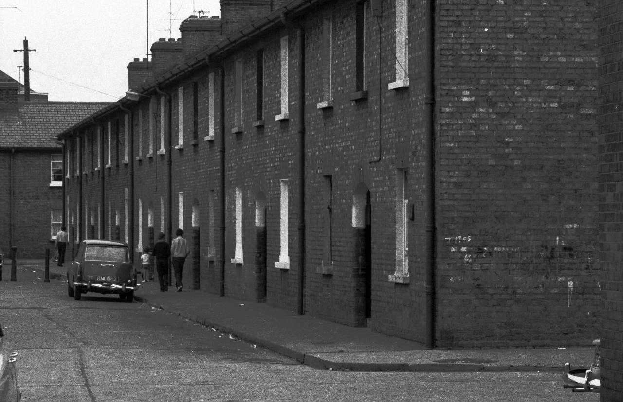 terraced-houses-heinrich-klaffs-dublin-1973