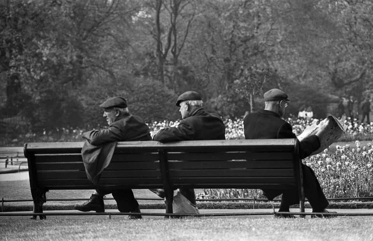 three-men-on-a-bench-heinrich-klaffs-dublin-1973