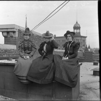 Workers On The Roof Of Chattanooga's First Department Store (1898)