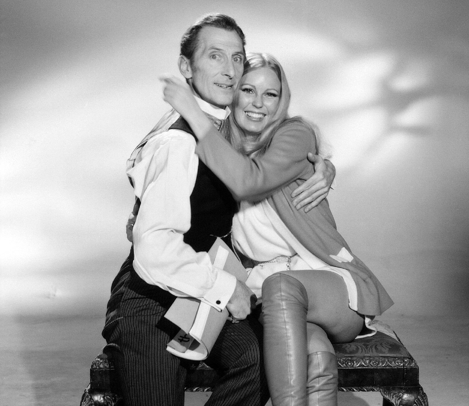 Cushing and Veronica Carlson