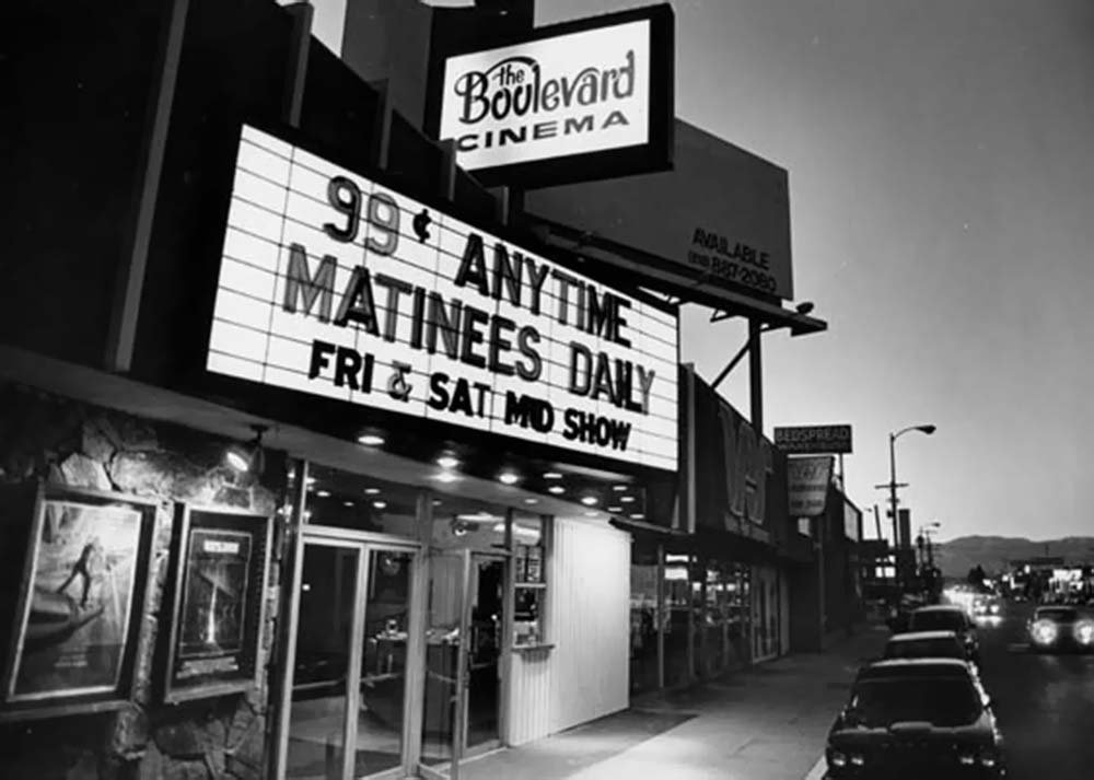 038_Vintage Movie Marquee