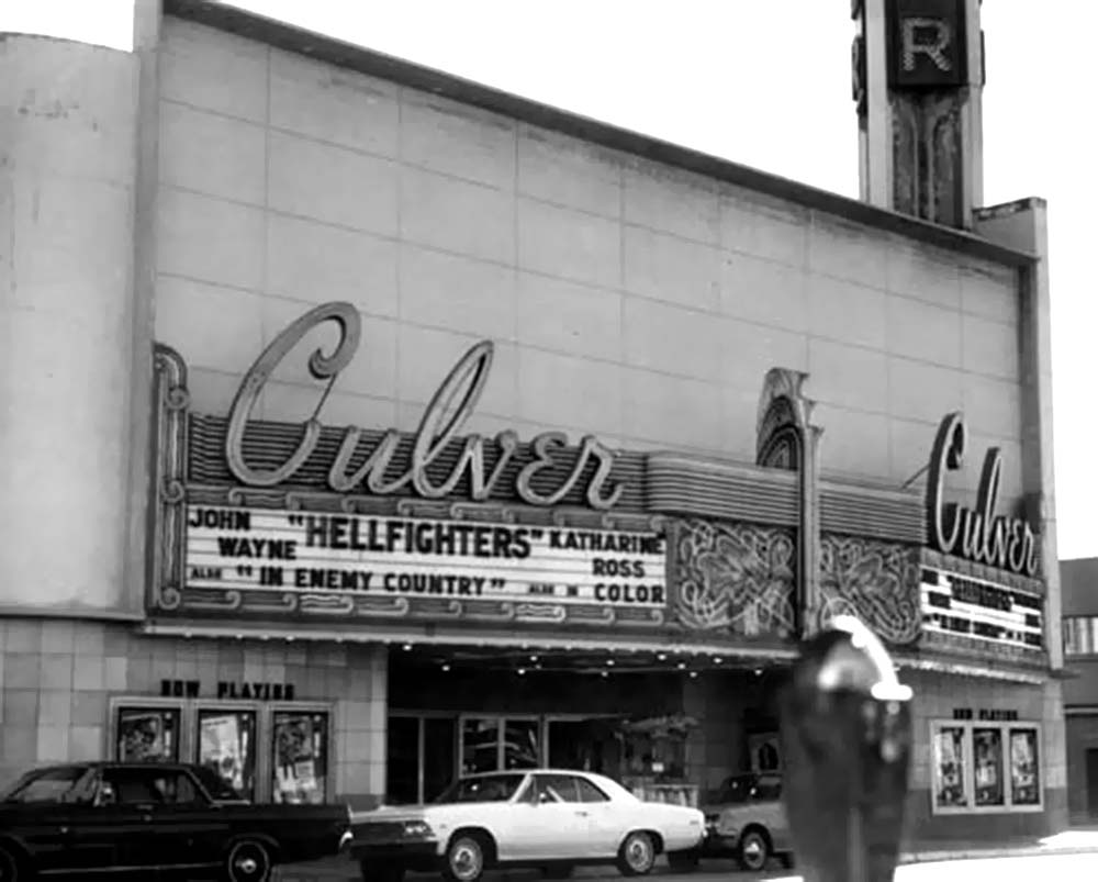 045_Vintage Movie Marquee