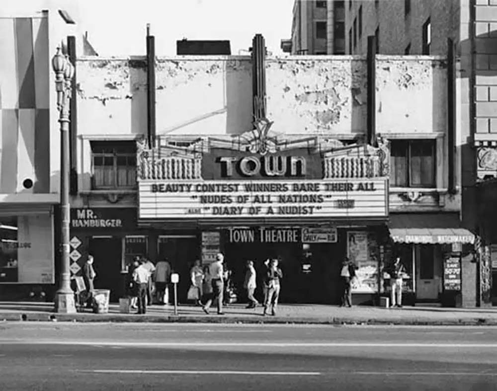 048_Vintage Movie Marquee