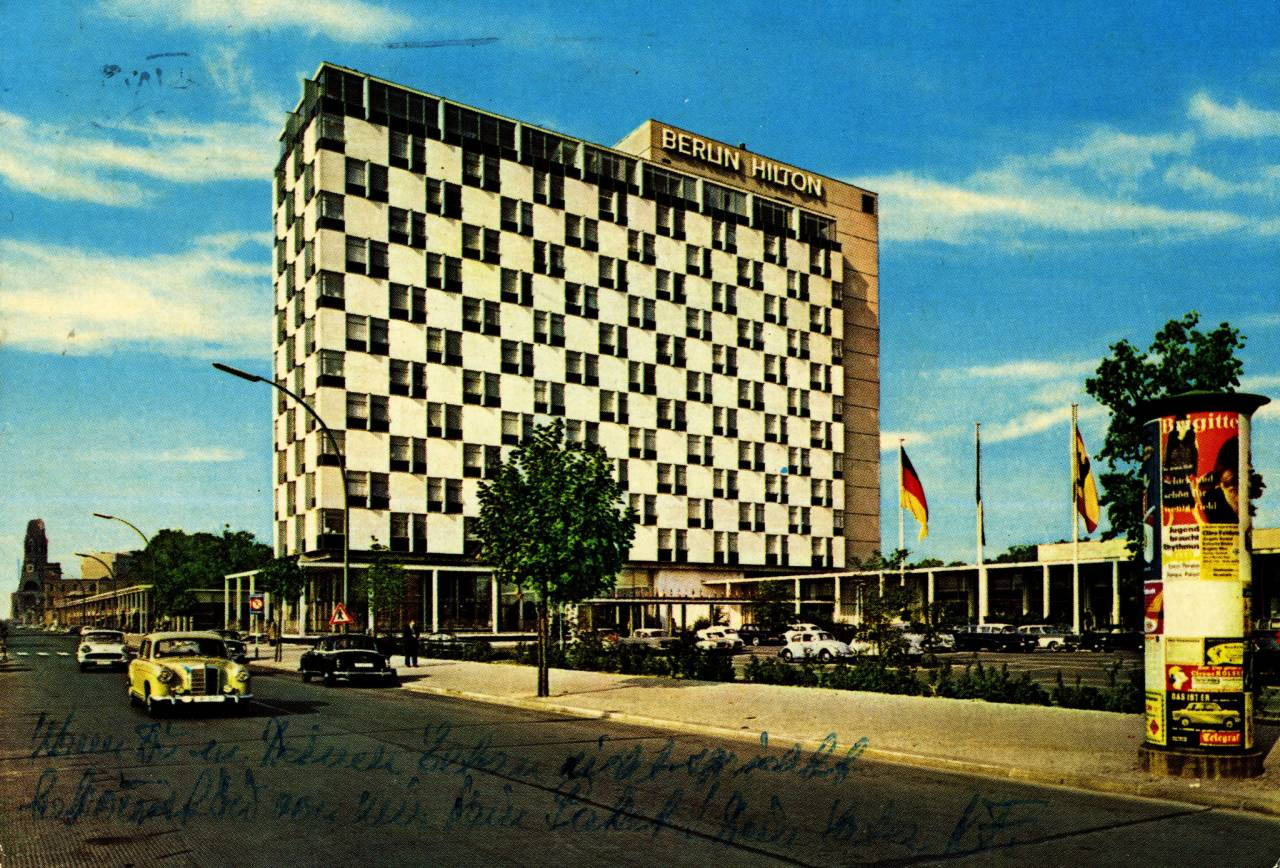 Krüger postcard showing the Berlin Hilton