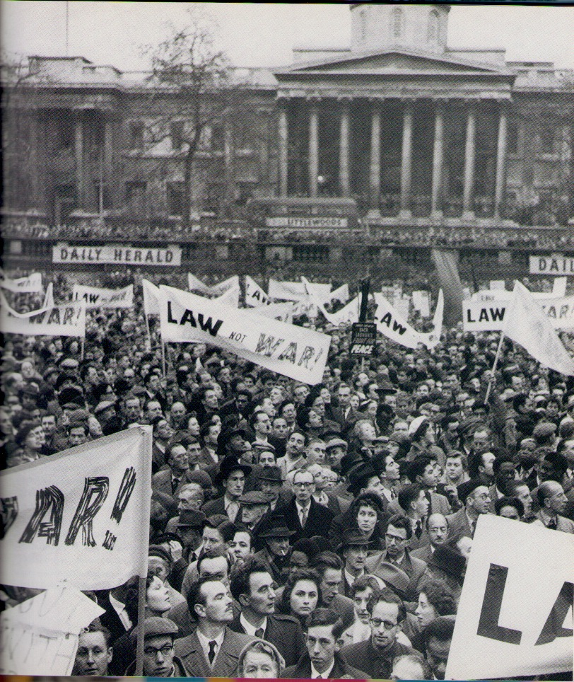 Demonstration during the Suez crisis in Trafalgar Square