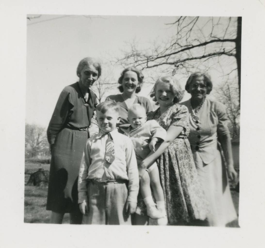 from left to right: my mother's mother, Carrie Brookes-Chasey, my mother's sister's boy Chuck, my mother's sister, Ruth Tickner, me, my mother's sister's daughter Beverly, my mother's mother's sister Agnes Brookes (like so many women of her WWI generation, she never married)