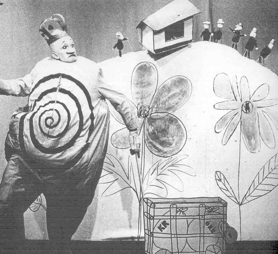 an analysis of the play ubu the king by alfred jarry French playwright alfred jarry's ubu roi caused a riot when it premiered in paris in 1896 - as startling for its complete break with stage naturalism as for beginning the play with a.