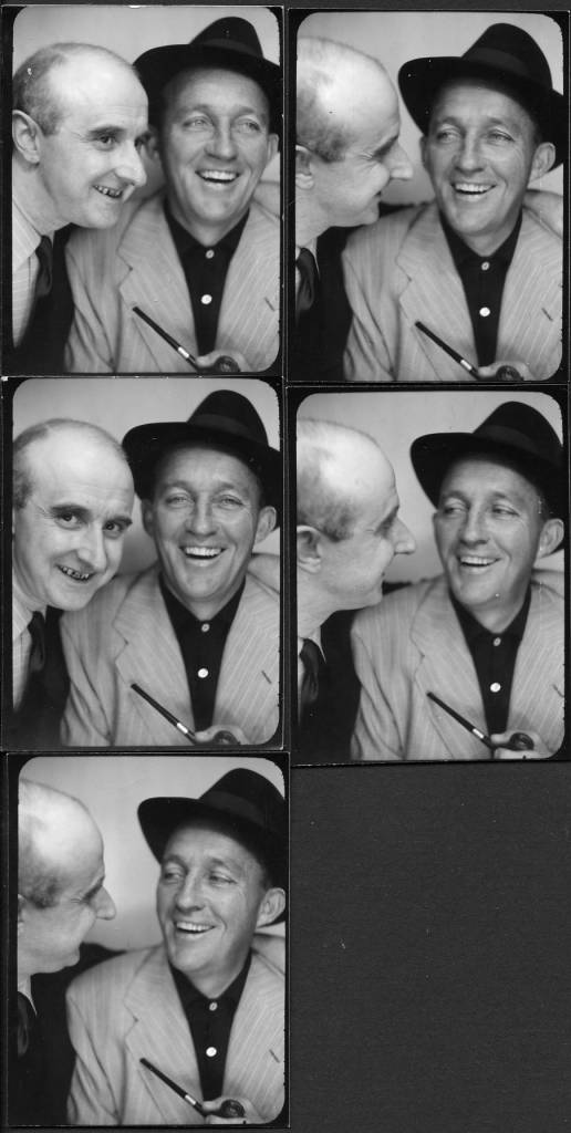 """Photographer Willy Michel (left) and Harry Lillis (Bing Crosby, 1901-1977), musician (White Christmas, In the cool, cool, cool evening ...) and a movie actor. .). On May 19, 1953, the day of his performance at the Moulin-Rouge for the twenty-fifth """"Bal des Petits Blancs""""."""