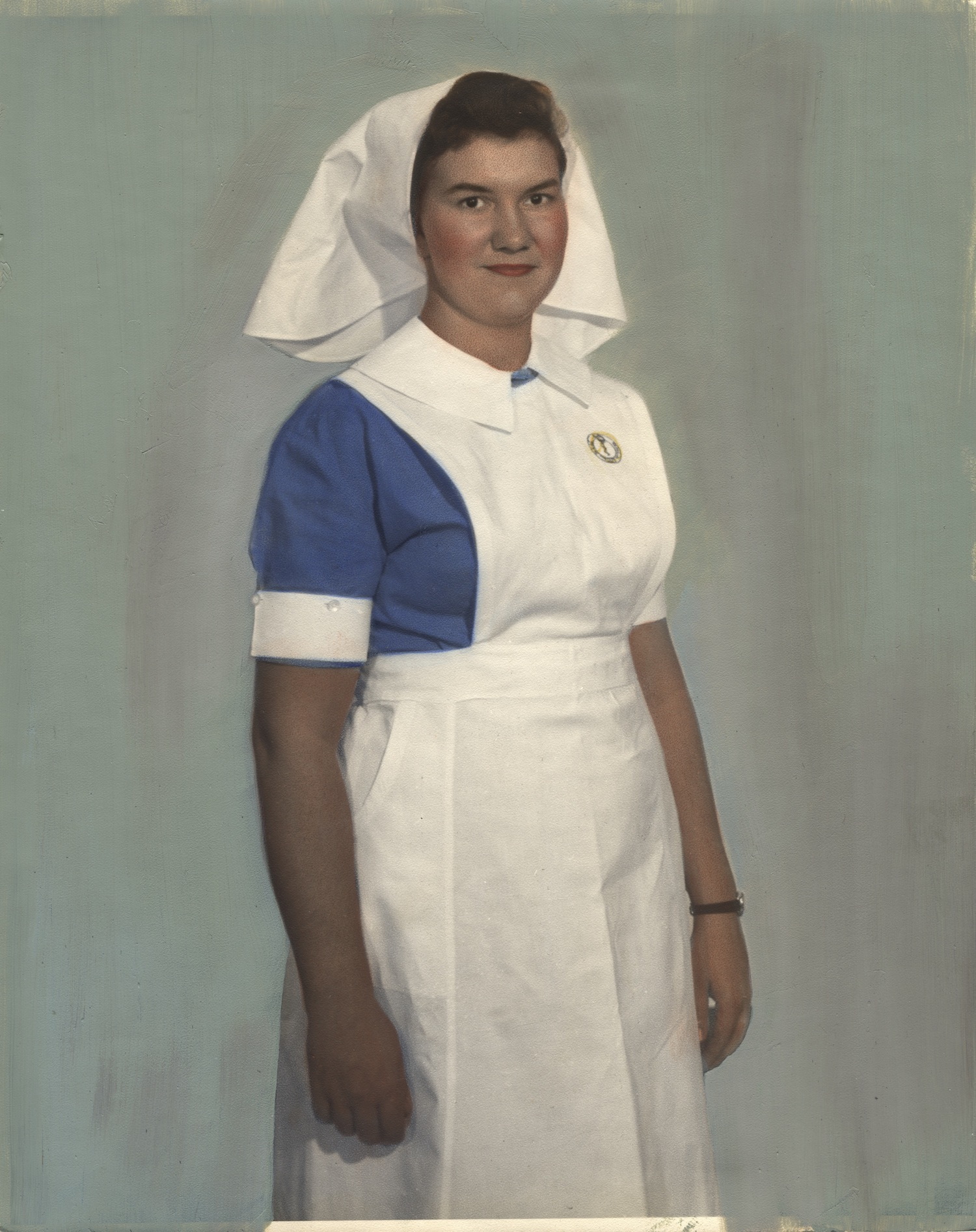 Nurse wearing uniform from Israel