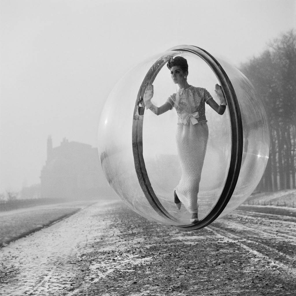 Simone d'Aillencourt Paris Bubble 1960s fashion