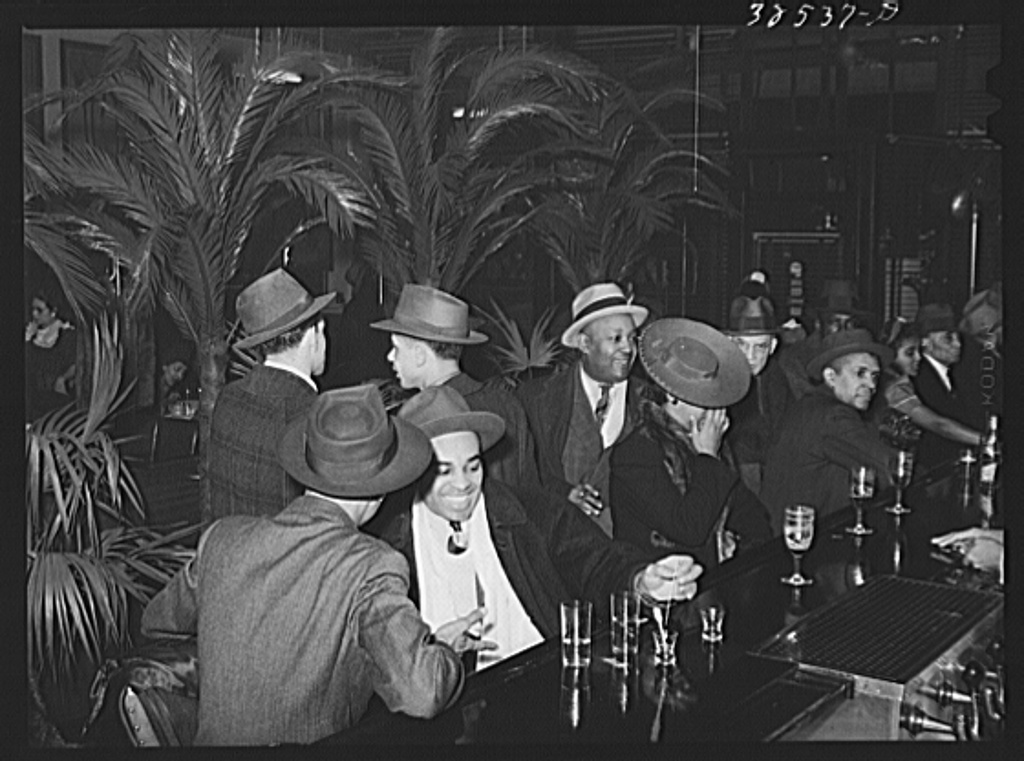 palm tavern bar April 1941 Southside Chicago