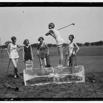 Swimsuit Golf With Ukeleles (1926)