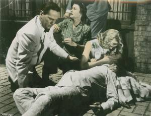 Wendell Corey, Thelma Ritter, Grace Kelly and James Stewart in Rear window directed by Alfred Hitchcock, 1954