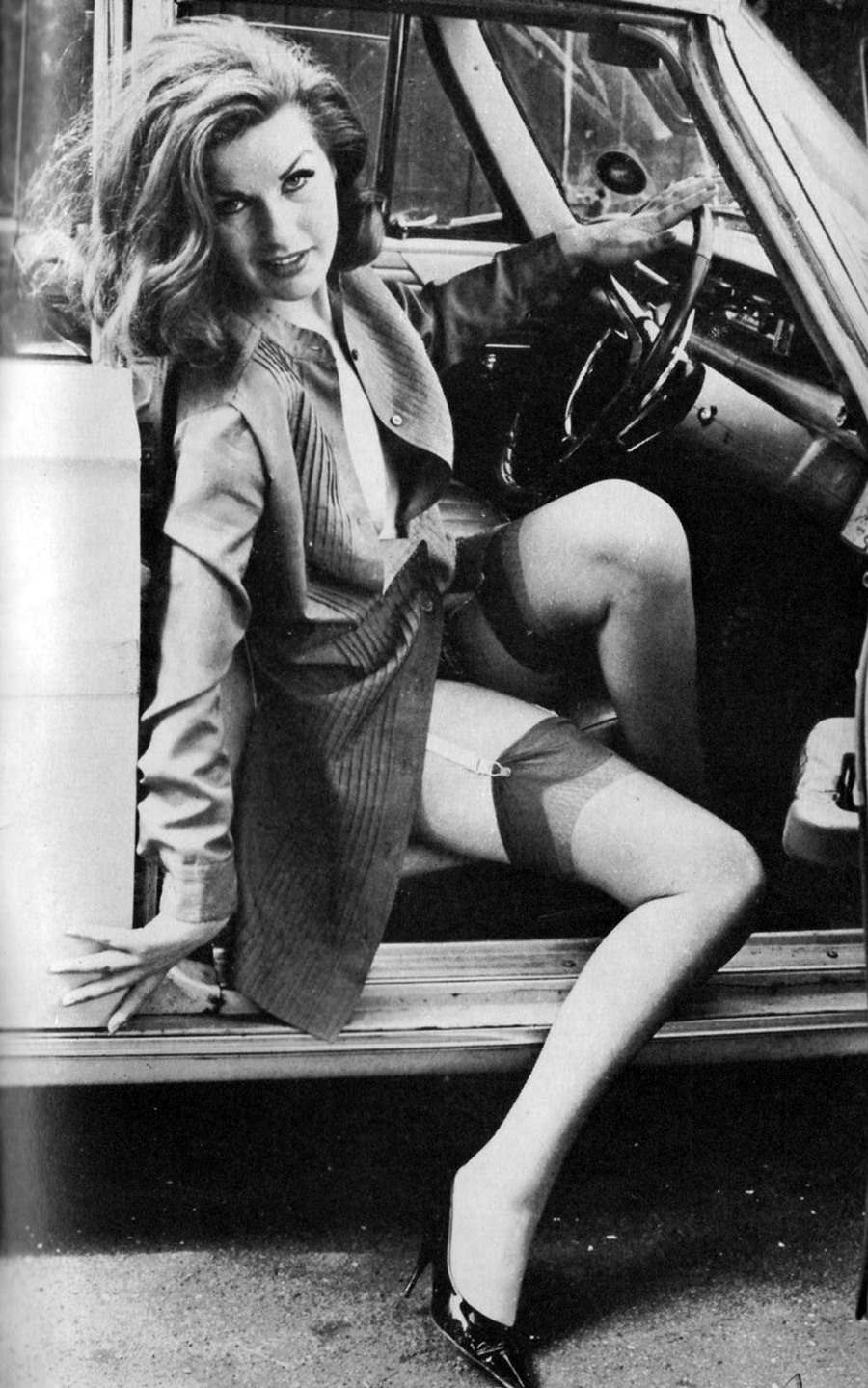vintage lady in car 5