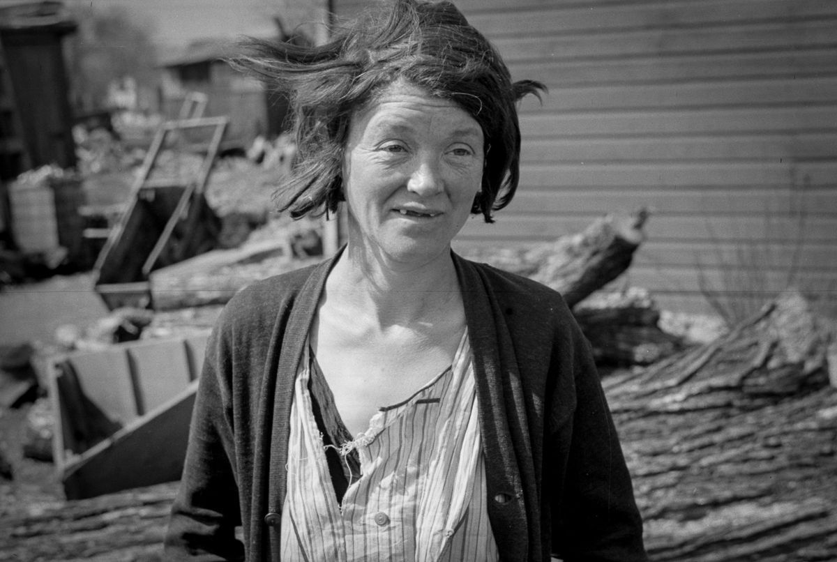 1940 A resident of the river bottoms shacktown in Dubuque, Iowa.