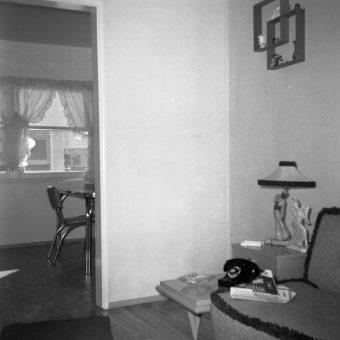 Love Seats For One: Home Decor Snapshots – 1951