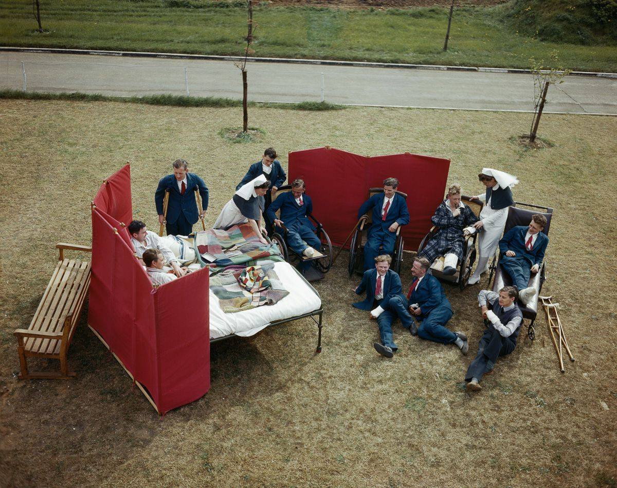 August 1943 Nurses and convalescent aircrew at Princess Mary's Royal Air Force Hospital at Halton in Buckinghamshire.