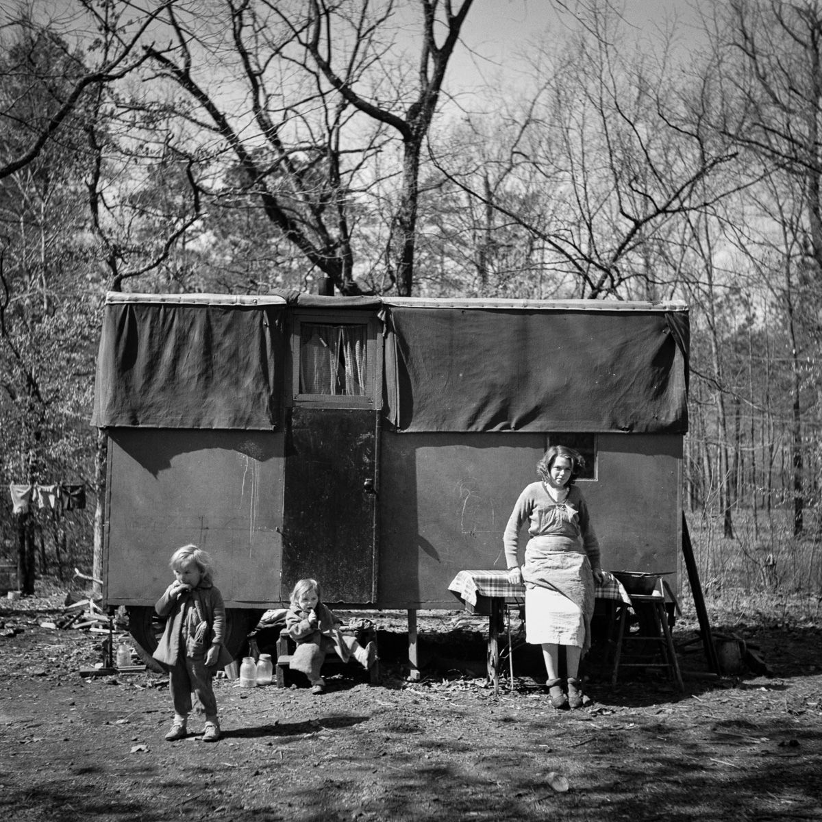 February 1937 A migrant encampment in Birmingham, Alabama.