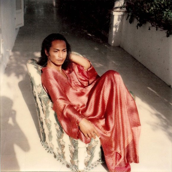 Hochong in red kaftan, late 60s