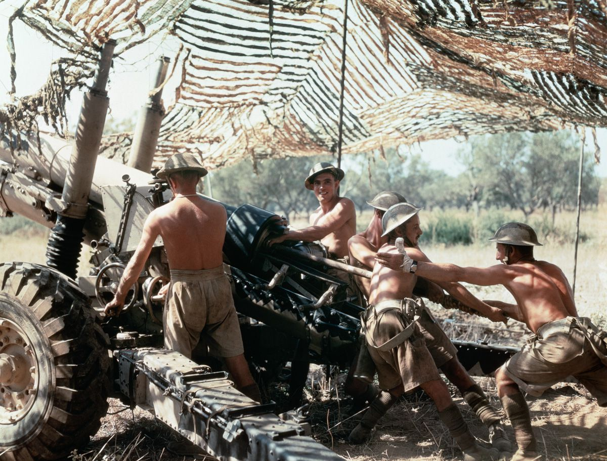 September 1943 A 5.5-inch gun crew from 75th (Shropshire Yeomanry) Medium Regiment, Royal Artillery, in action in Italy.