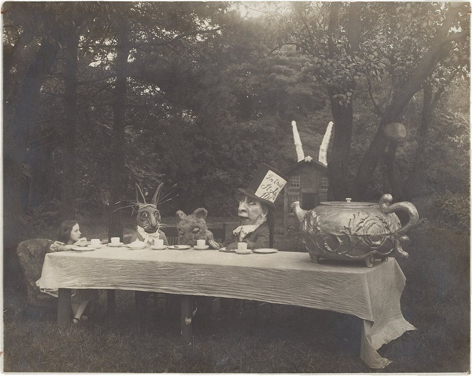 Alice in wonderland 1915. Viola Savoy as Alice, Herbert Rice as the White Rabbit, Louis Merkle as the Dormouse and William Tilden as the Mad Hatter.