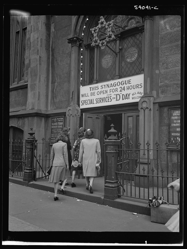New York, New York. June 6, 1944. Entering the synagogue on West Twenty-third Street for D-day services