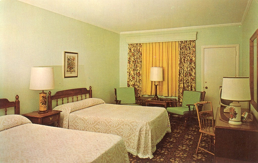 A Look Inside Hotel & Motel Rooms of the 1950s-70s - Flashbak