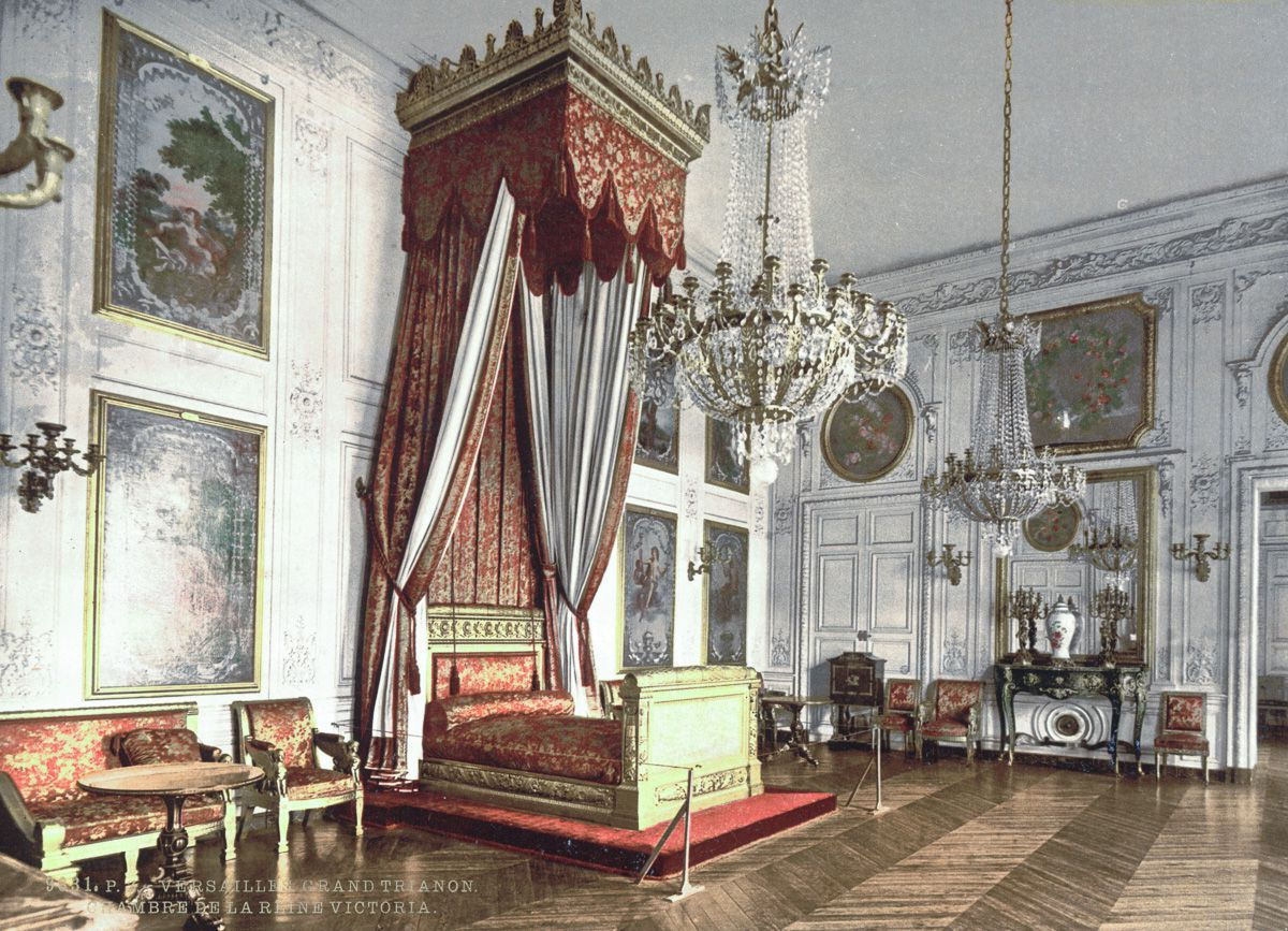 Grand Trianon, chamber of Empress Josephine, Versailles 2-7