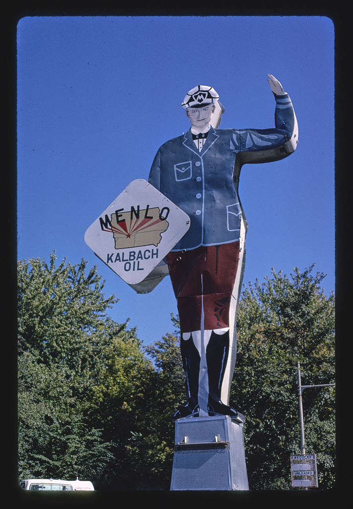 Menlo Kalbach gas sign, Rt. 6 1978