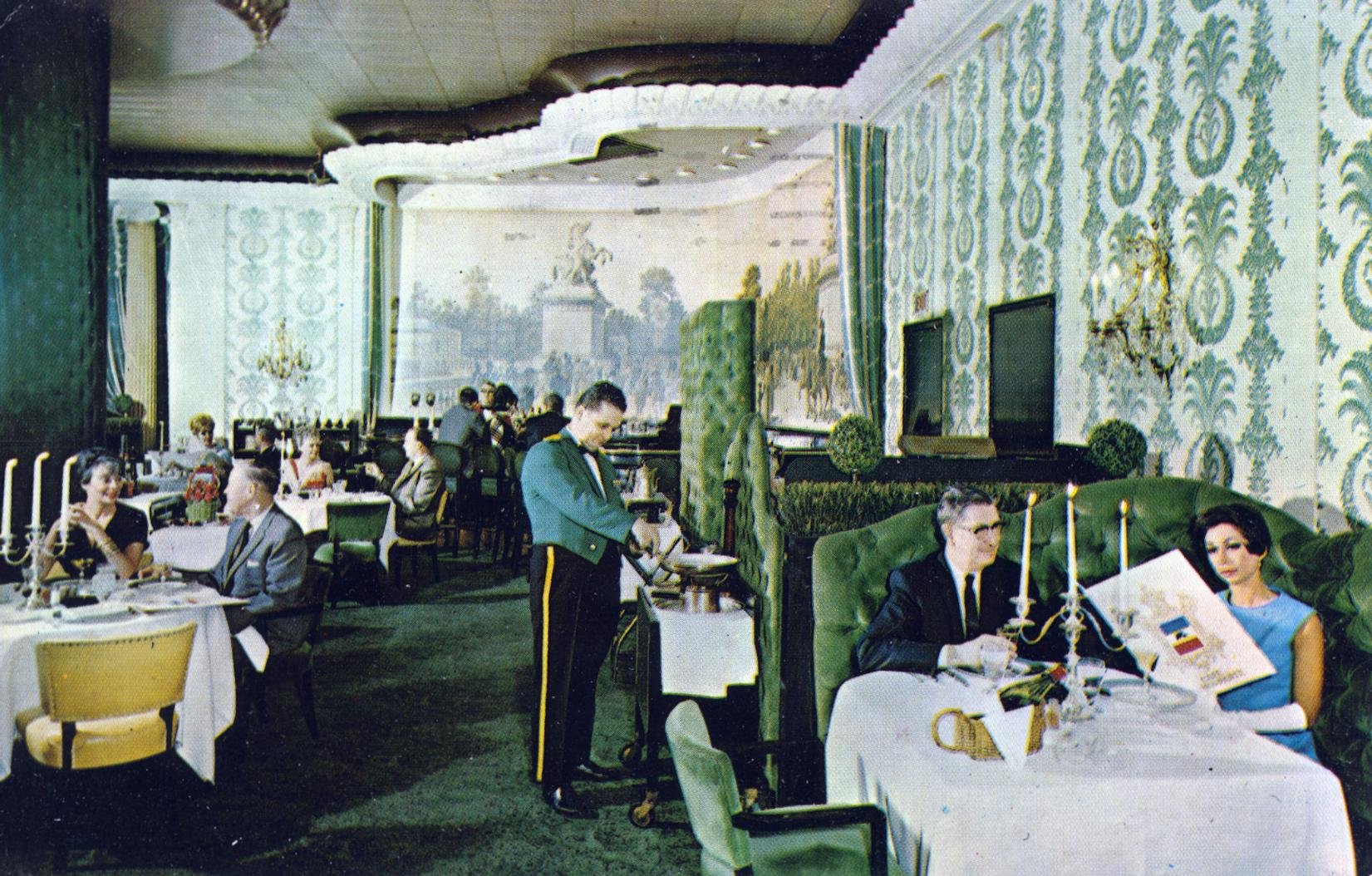 Cafe Bonaparte Sheraton-Blackstone Hotel_Chicago IL Chicago's exciting intimate French dining room of the Napoleonic period Michigan Avenue at Balboa