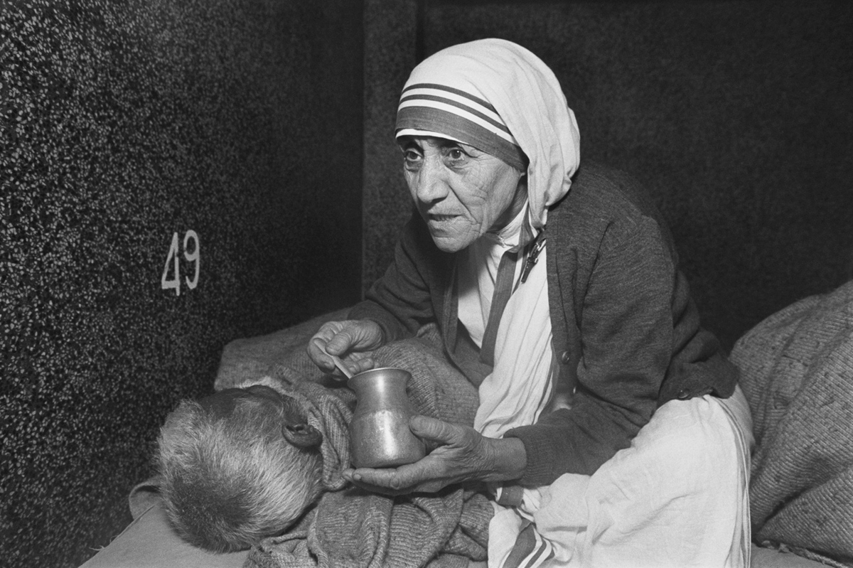 Mother Teresa at her mission, the Home for the Dying, in Calcutta, India, in 1980
