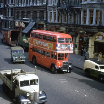 Wonderful Kodachrome Photographs of London in the 1950s