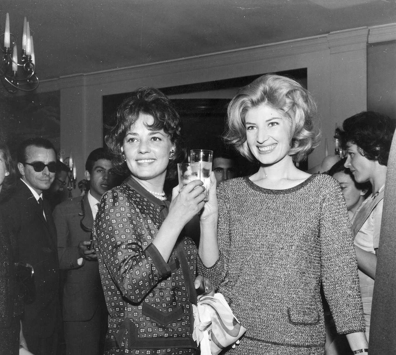 Jeanne Moreau and Monica Vitti