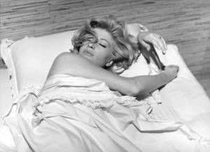 Still of Monica from L'Eclisse.