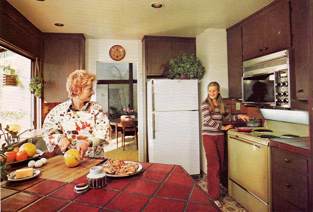 1976 kitchen