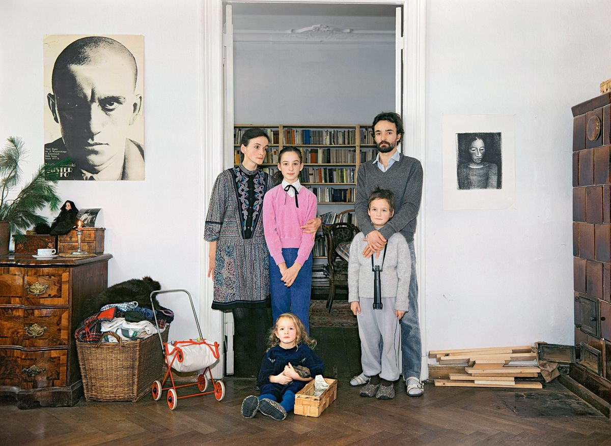 Beate (freelancer) with her daughter Henriette, her partner Matthias (freelancer) with his son Gregor, and their daughter Lilly.