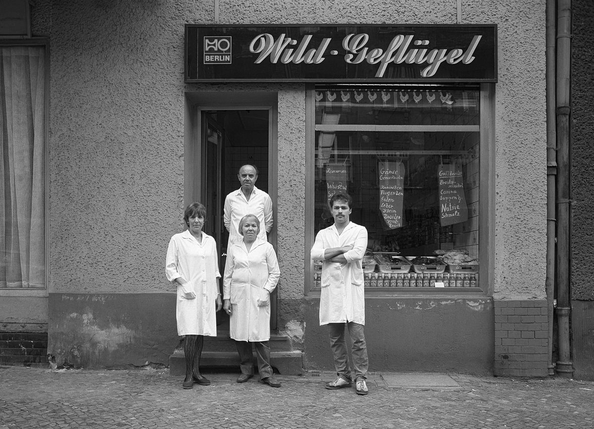 "HO (state-owned ""Trade Organization"") butcher ""Wild Geflügel"" (game, poultry), No. 10."