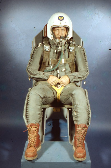 Ejector seat testing -40