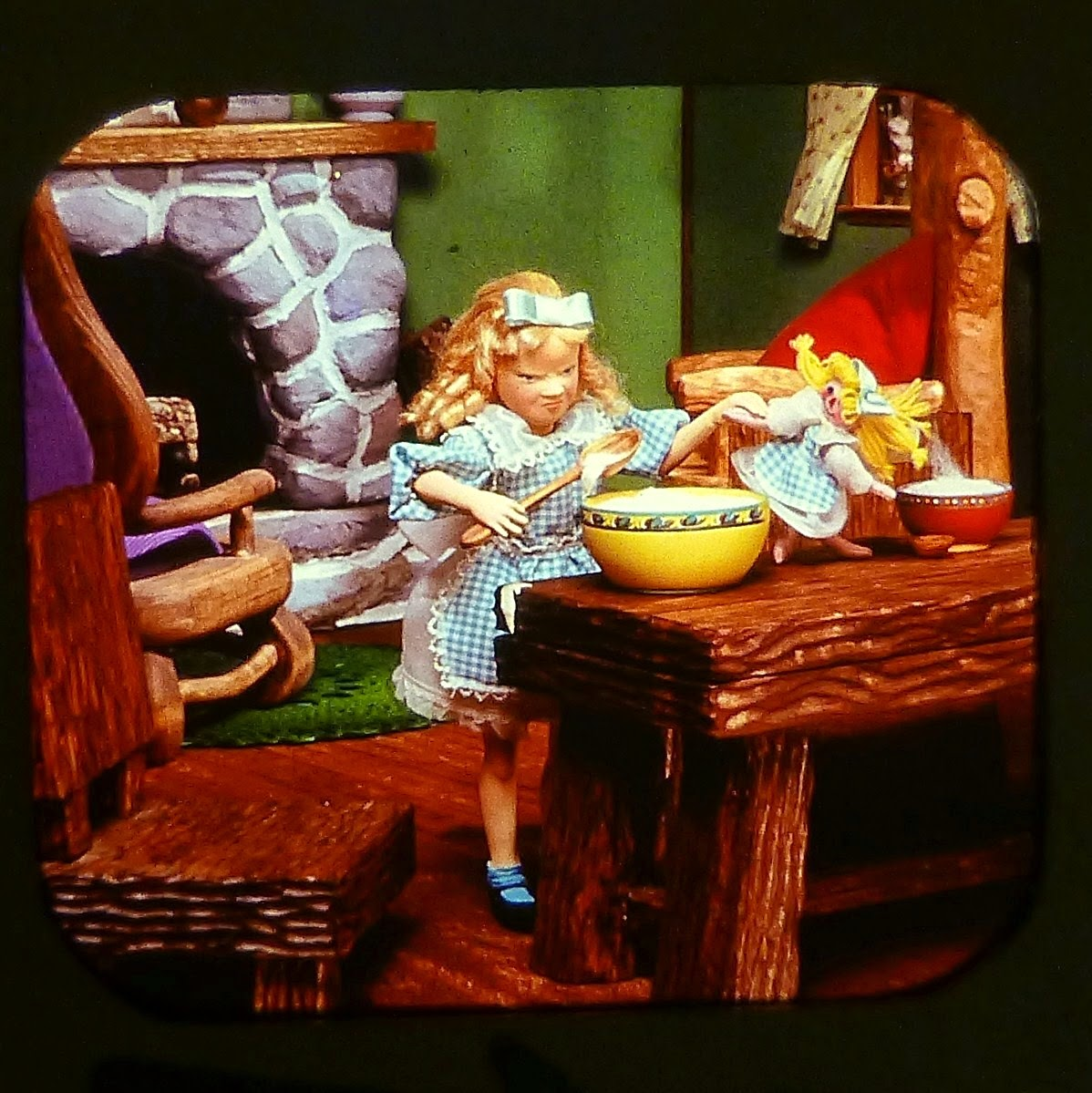 GOLDILOCKS AND THE THREE BEARS VIEW MASTER SCANS