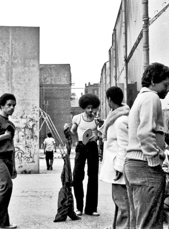 Tony Roldan (centre) at the handball courts at 146th Street and Brook Avenue, the Bronx, 1976