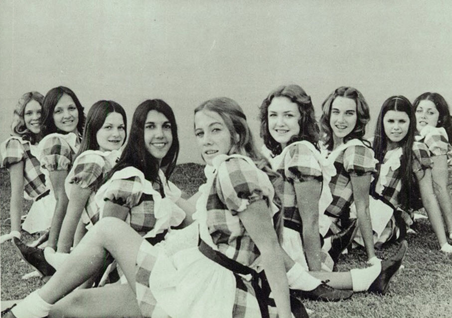 cheerleaders vintage photo