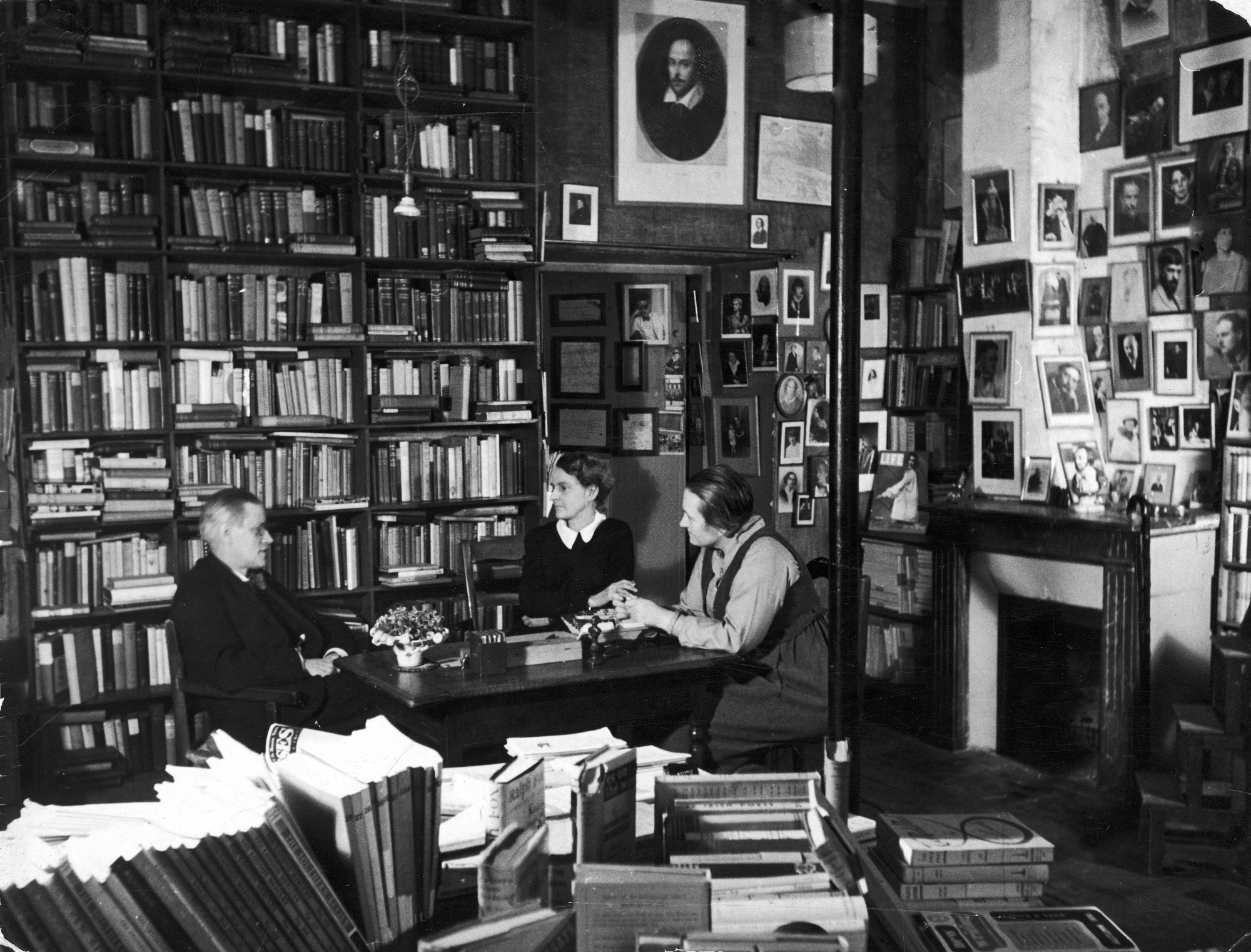 James Joyce chatting with Shakespeare and Company bookshop owner Sylvia Beach and Adrienne Monnier