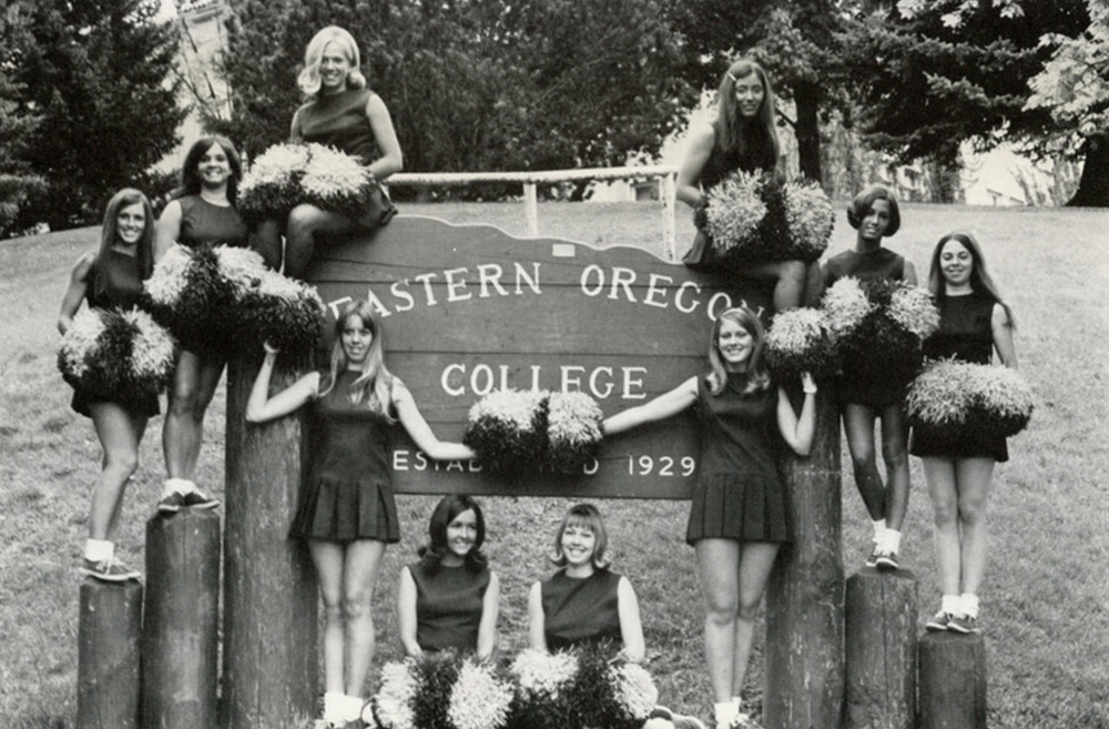 vintage cheerleaders (8)