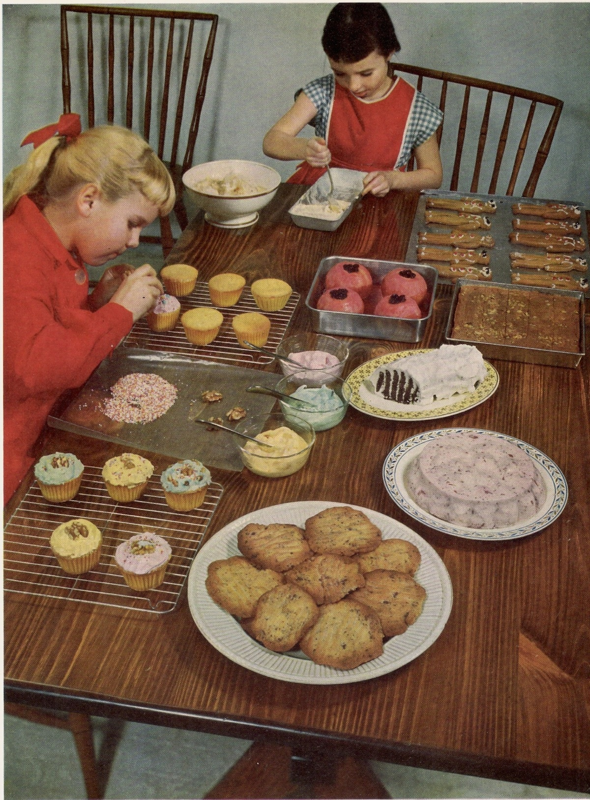 Sara Lee Vs Jenni Craig... The early days. Life Picture Cook Book, 1958