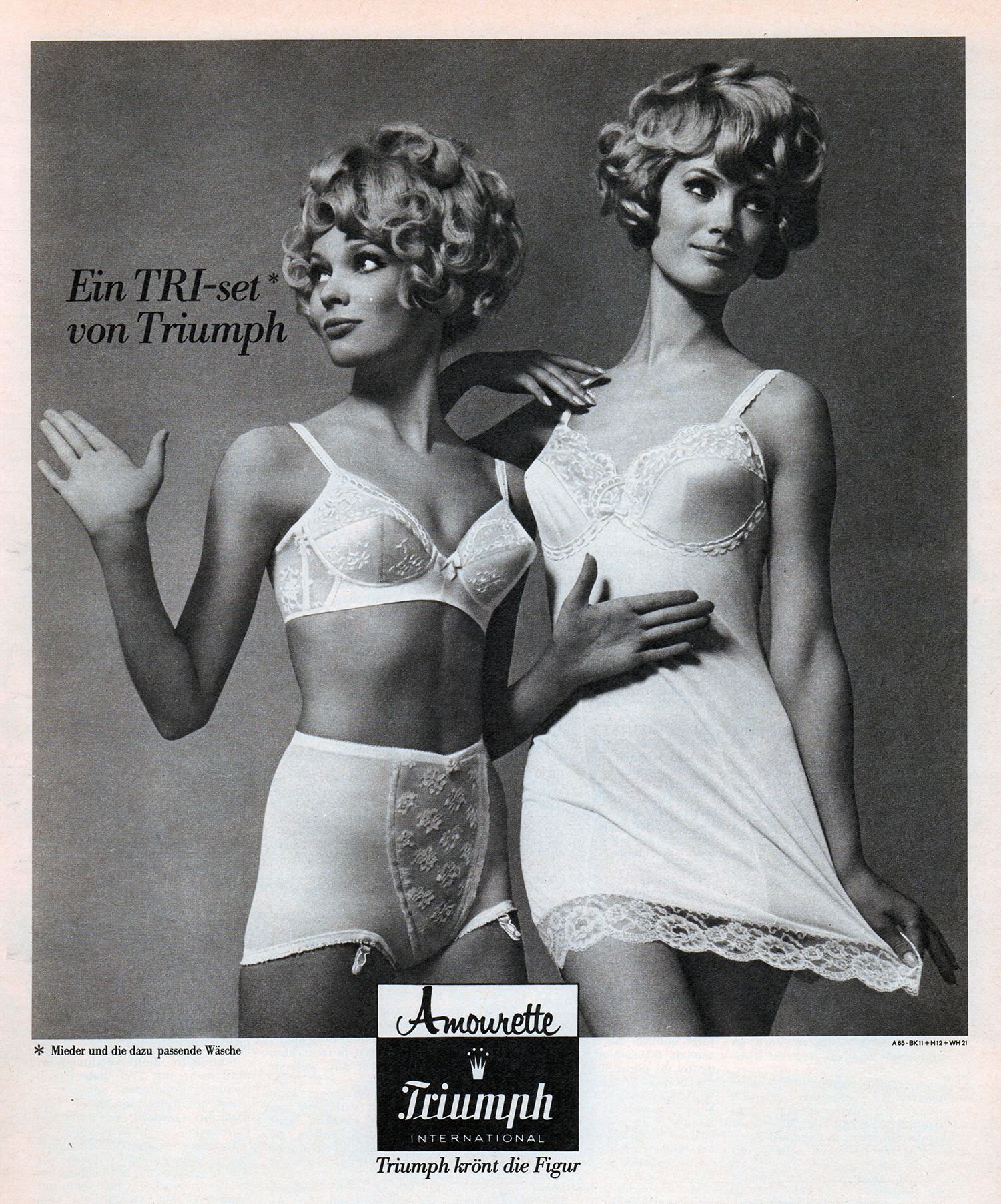84ddf054afd 30 Sexy Swingin  Sixties Undergarment Ads from Around the World ...
