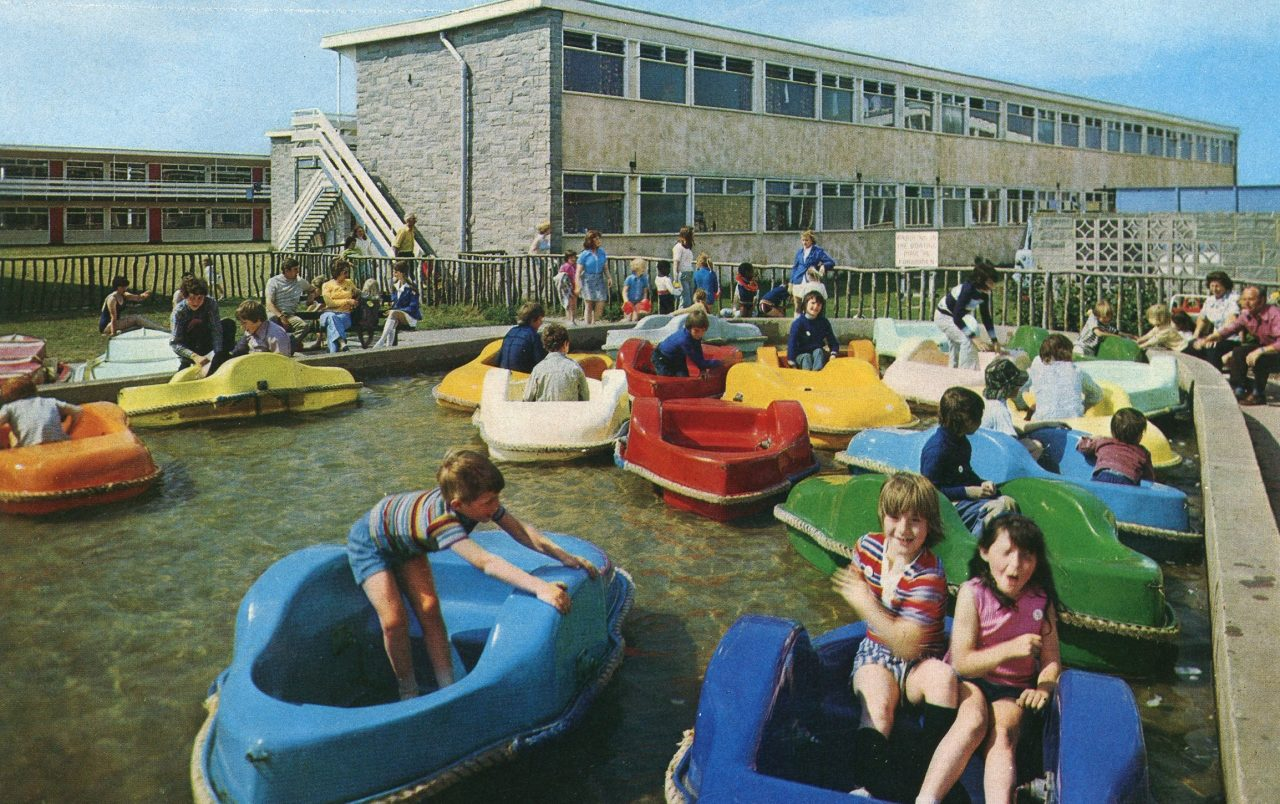 Pontins Camber Sands Holiday Camp Pic From 1976 Brochure Boating Pool Flashbak