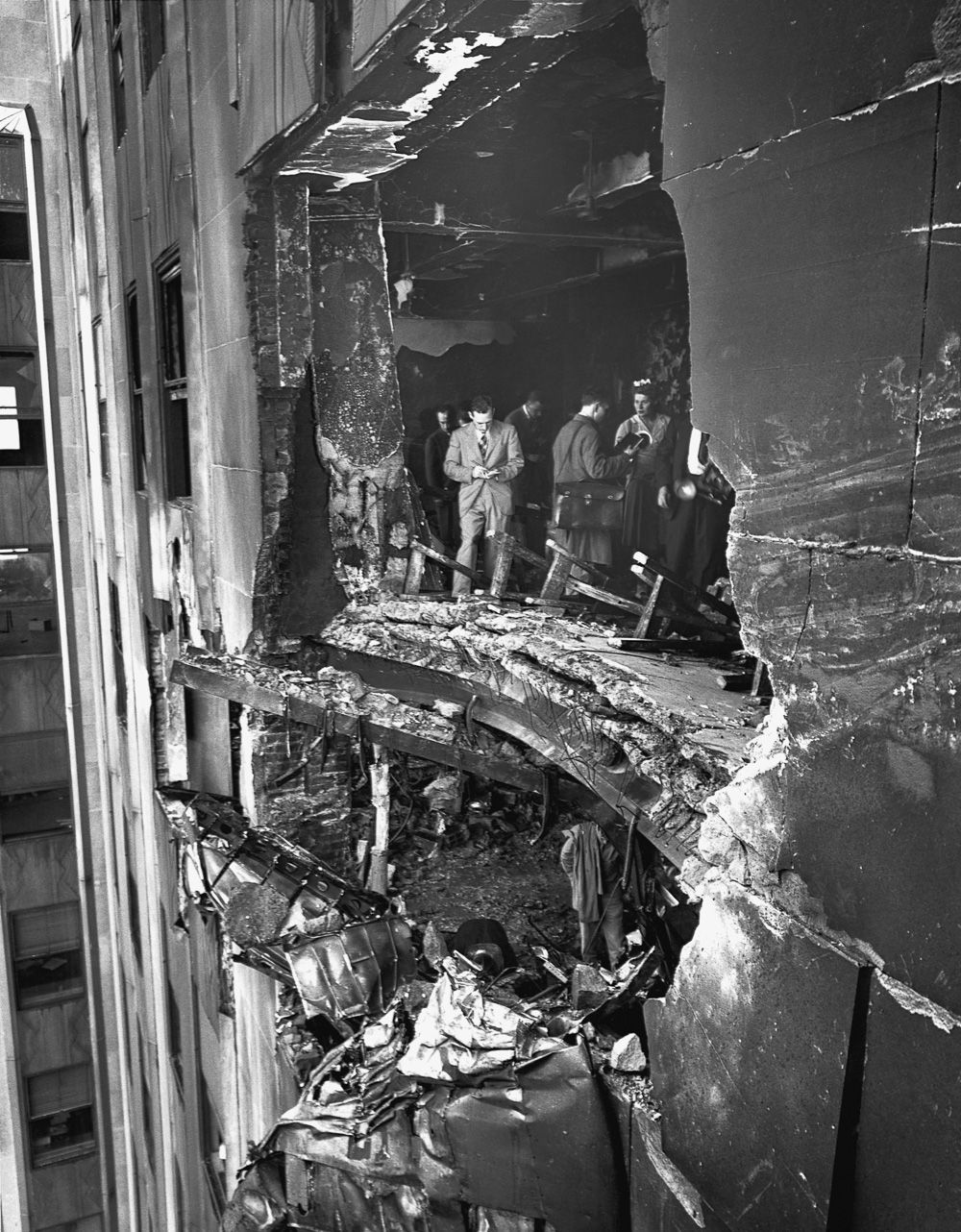 July 28, 1945: A B-25 Mitchell Bomber Hit The Empire State Building