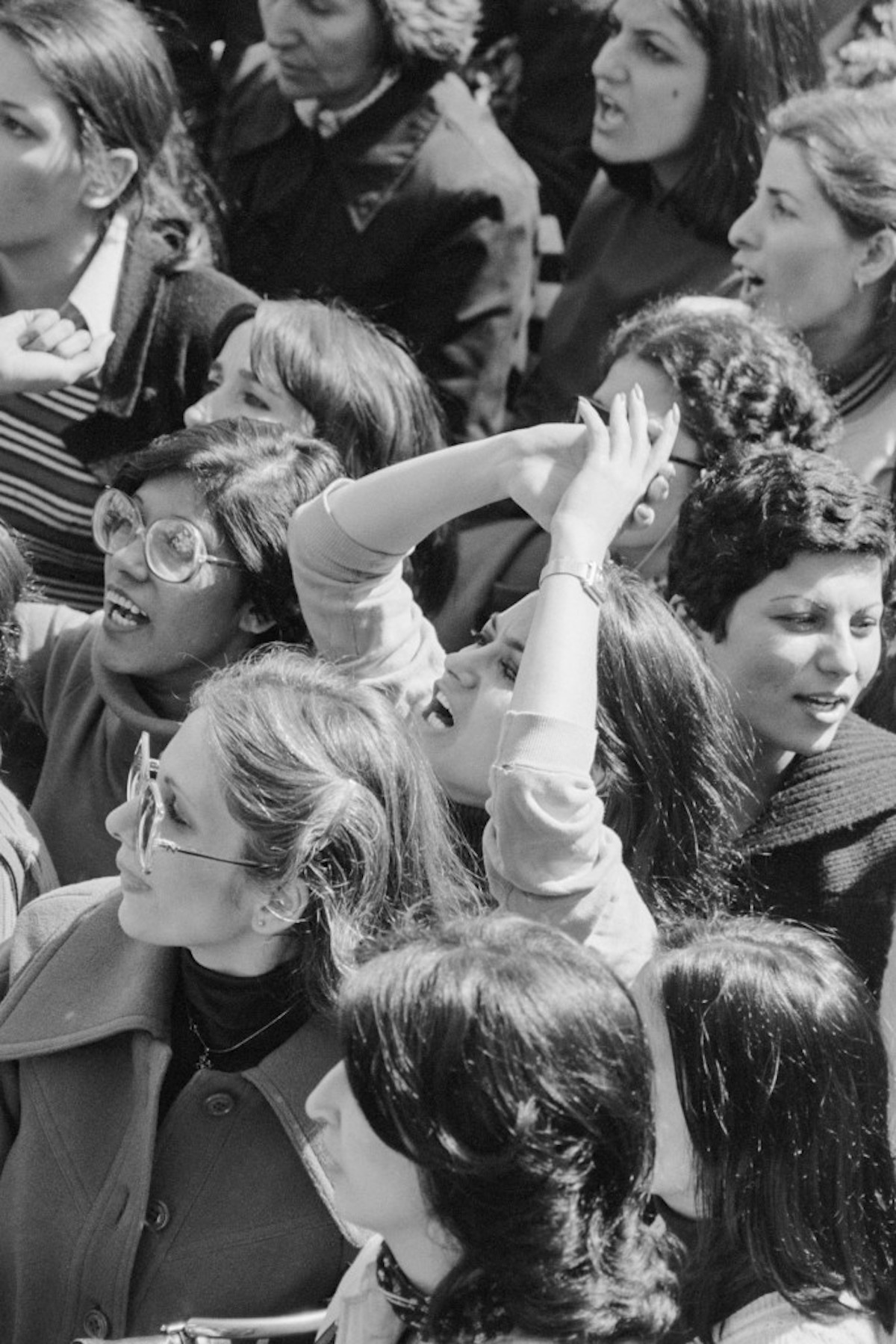 Iranian women protested the headscarf1979