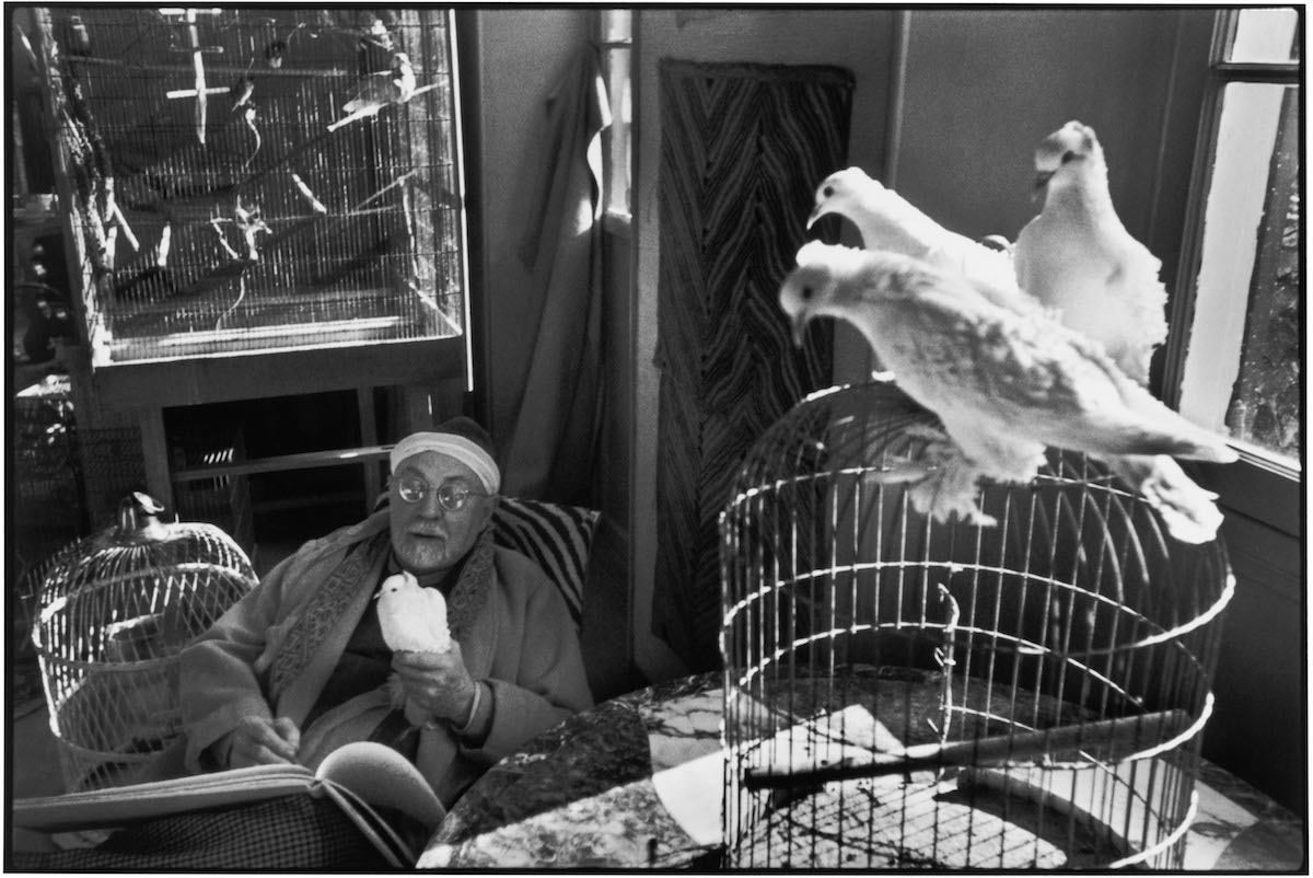 "Alpes-Maritimes. Vence. French painter Henri MATISSE at his home, villa ""Le Reve"". Between 1943-44."